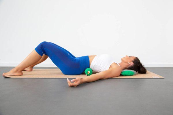 halbmond yogakissen aus baumwolle