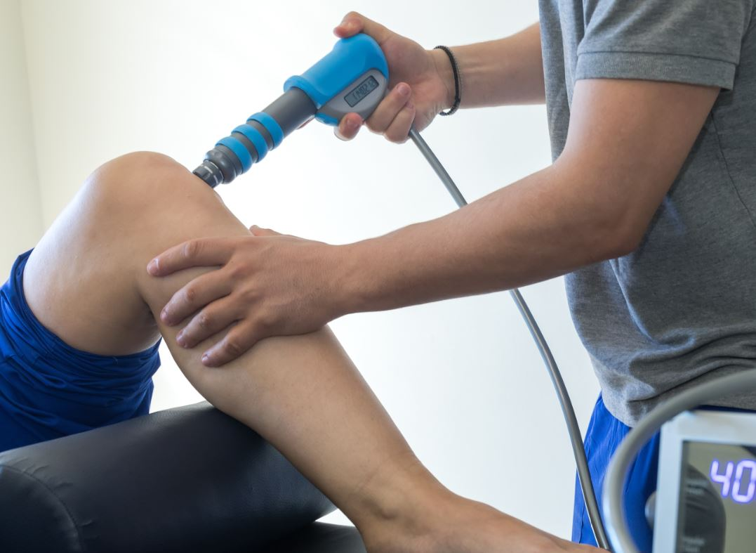 stosswellentherapie triggerpunktmassage